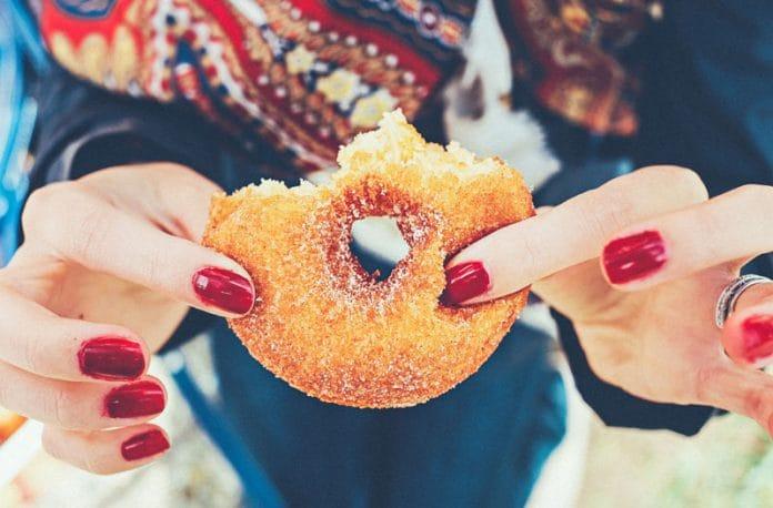 Pentingnya Jauhi Gula + Tips Praktis Menjaga Gula Darah Anda Tetap Sehat
