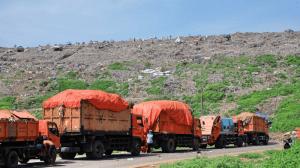 sampah bantar gebang indonesia