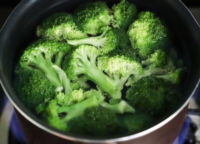 cegah kanker dengan makan brokoli