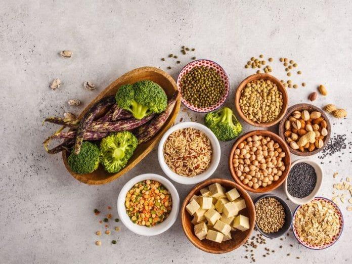 kacang dan biji-bijian